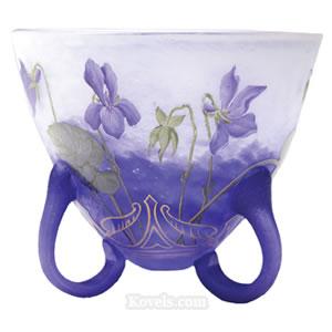 Le cristal ... Daum-Vase-Violets-Loop-Feet-jj061913-2213
