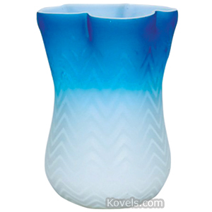 Mt Washington Vase Mother-Of-Pearl Shaded Blue Herringbone 4-Lobed Rim