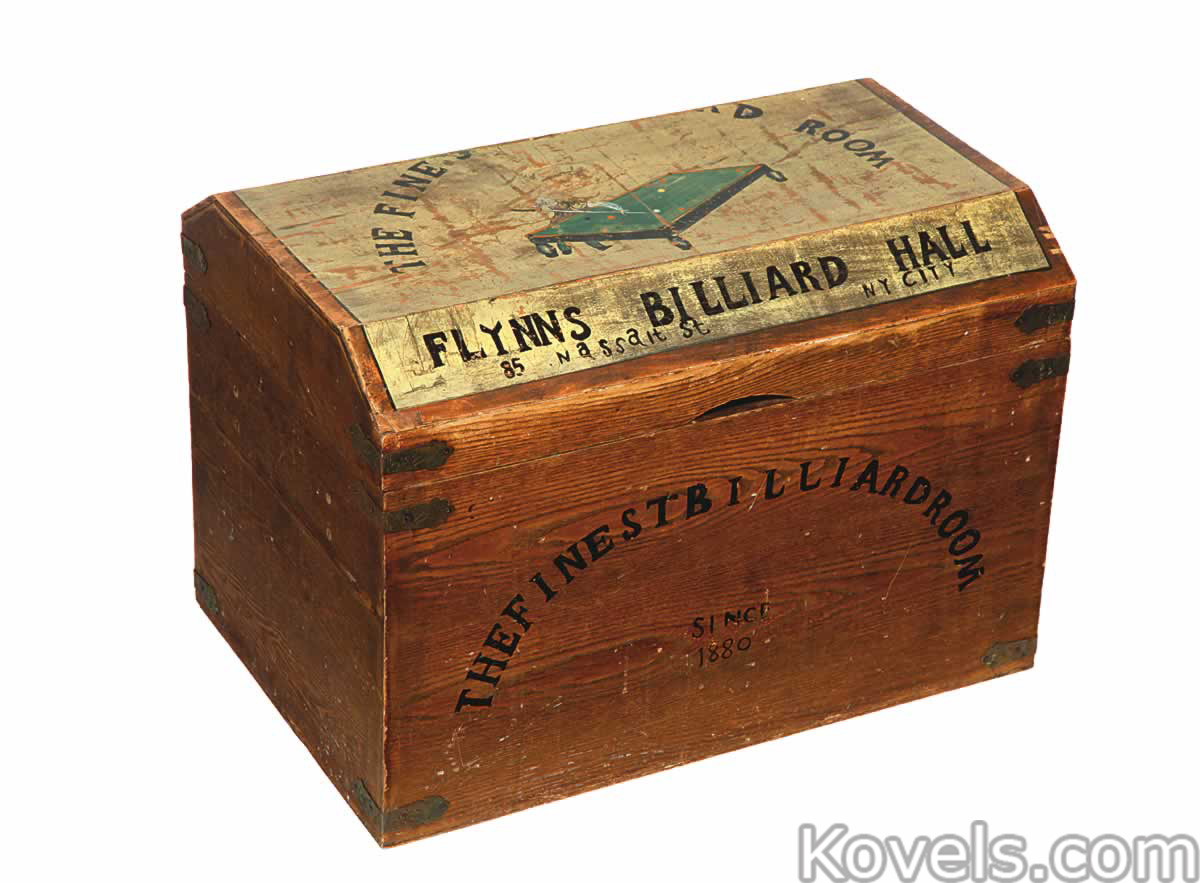 Antique trunks miscellaneous price guide antiques collectibles trunks wood gumiabroncs Images