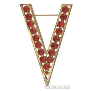 World War Ii Pin Victory V Red Rhinestones Brass Luster Mount