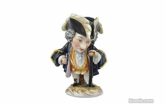 Antique capo di monte pottery porcelain price guide antiques capo di monte figurine altavistaventures Choice Image