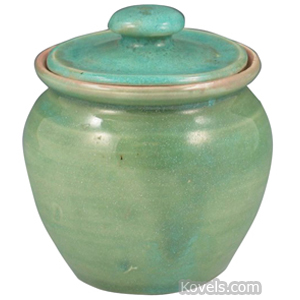 Pisgah Forest Jar Cover Green High Glaze Rose Interior 1951