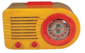 Radio Fada Model 845 Bakelite Green Red Knobs 1947
