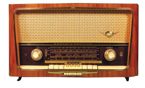 Radio Grundig Worlds Finest Radio Wood Grain Case West Germany 1940s